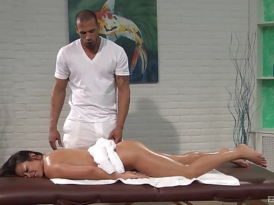 Hardcore fucking on the massage table not far from cock hungry Mia Lelani