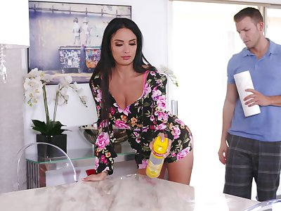 Chock-a-block stepmom Anissa Kate does the deed in the air her young little one
