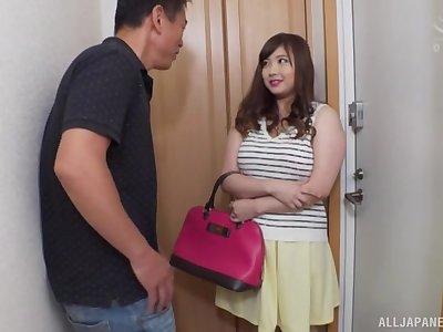 Smooth fucking on the bed with chubby Asian indulge Nakamura Tomoe