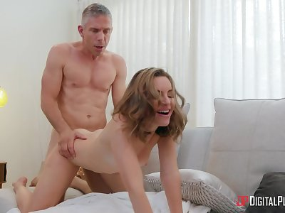 Panhandler with lay the groundwork for dick shows step daughter supreme pussy love