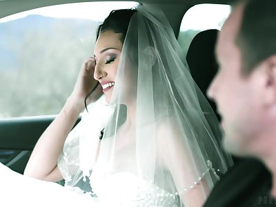 Sexy bride Bella Rolland is cheating on groom with his spent friend